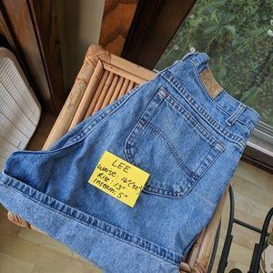 Denim - Authentic LEE high rise waist 80s 90s levis shorts